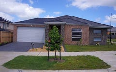 15 Ti Tree Crescent, Officer South VIC