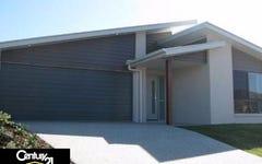 8 Moor Circuit, Warner QLD