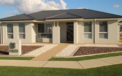 21 Barton Drive, Lloyd NSW
