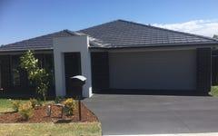 20 Creswell St, Wadalba NSW