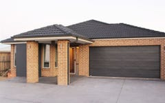 27 Ruse Pl, Carnes Hill NSW