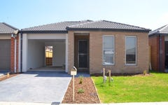 16 Cups Court, Clyde North VIC