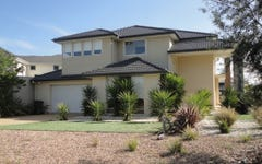 6 Shimmerlake Close, Sanctuary Lakes VIC