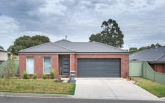 15 Orbost Drive, Miners Rest VIC