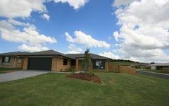 8 Kingfisher Way, Lowood QLD