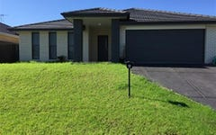 4 Hepburn Cl, Rutherford NSW