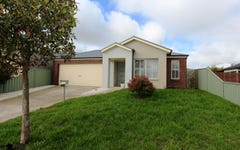 7 Lowry Crescent, Miners Rest VIC
