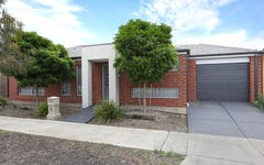 2/18 Greenleaf Circuit, Tarneit VIC