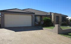 10 Dove Place, Wandina WA