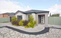 33 Lowry Crescent, Miners Rest VIC