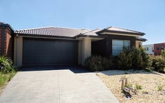 2 Pyrenees Road, Clyde VIC