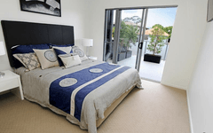 2 Laurence Street, St Lucia QLD
