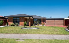 4 Heywood Crescent, Cranbourne North VIC
