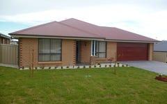 27 Molloy Drive, Orange NSW