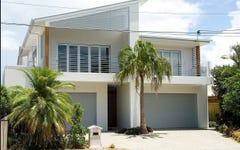 East 22 Eider Avenue, Paradise Point QLD