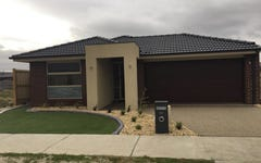 24 Heathecote Grove, Officer VIC