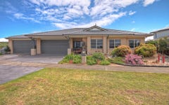 4 The Crescent, Paynesville VIC