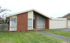 2 Eddington Pl, Endeavour Hills VIC
