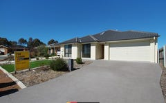 4 Sax Place, Macgregor ACT