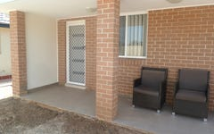 8a Dutch Place, St Clair NSW