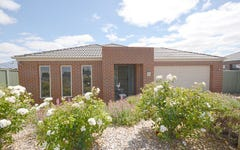 15 Waterside Close, Miners Rest VIC