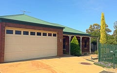 12 Stamford Close, Staughton Vale VIC