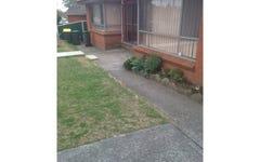 18 Carrington Cct, Leumeah NSW