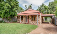 4 Berrington Close, Forest Lake QLD