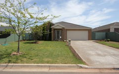 70 Faversham Avenue, Lake Gardens VIC