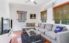 32 Oak Street, Hawthorne QLD