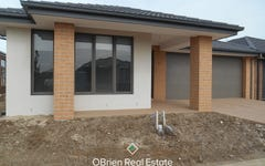 16 Trainers Way, Clyde North VIC