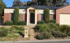 4 The. Terrace, Strathdale VIC