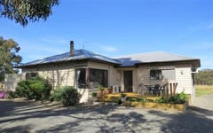 330 State Forest Road, Ross Creek VIC