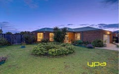 17 Johnston Way, Taylors Hill VIC