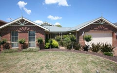 28 Sanctuary Wy, Beaconsfield VIC