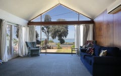 33 The Esplanade, North Shore VIC