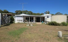 40 Colonial Drive, Clairview QLD