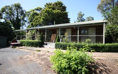 8 Birdwood Avenue, Cockatoo VIC