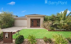 12 Periwinkle Way, Point Cook VIC