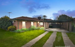 17 Chelmsford Way, Melton West Vic