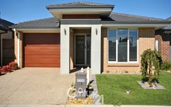15 Norma Crescent, Officer VIC