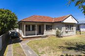 51 University Drive, Waratah West NSW
