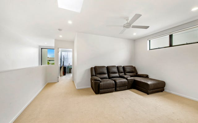 36 Promenade Circuit, Hope Island QLD 4212