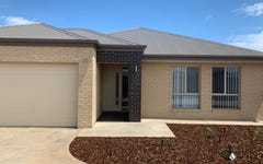 33 Scremin Grove, Griffith NSW