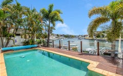 27 King Charles Drive, Sovereign Islands QLD