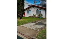 2/8 Parneno Street, Chevron Island QLD