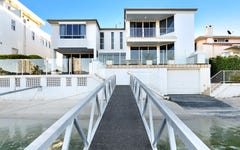 118 Commodore Drive, Paradise Waters QLD
