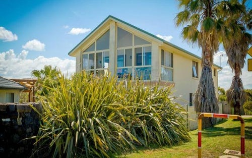 56 Forresters Beach Road, Forresters Beach NSW 2260
