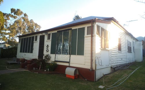 114 Railway Avenue, Quirindi NSW 2343