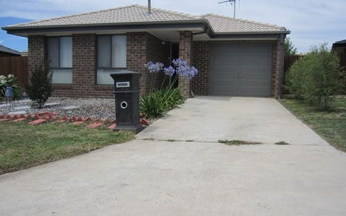 3 John James Loop, MacGregor ACT